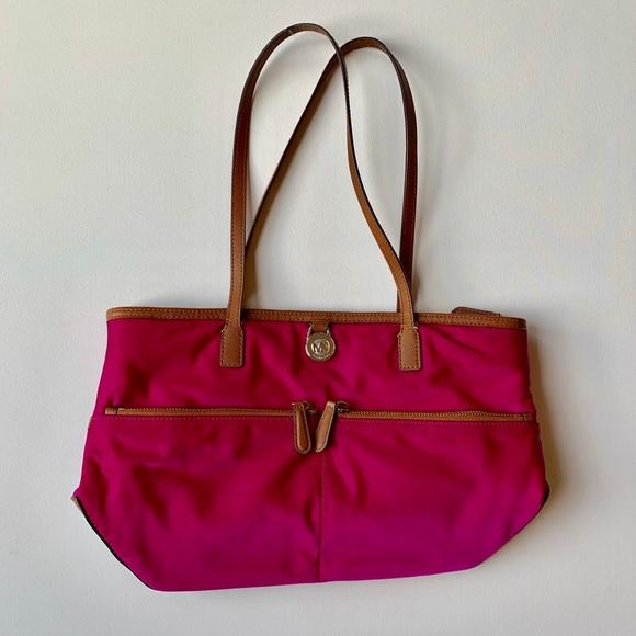 Michael Kors Handbags - Michael Kors Kempton Vinyl Shoulder Bag